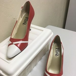 Shoes - Vintage red/white heels size 9